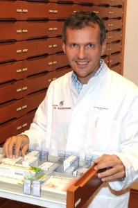 Dr. Peter Aurnhammer